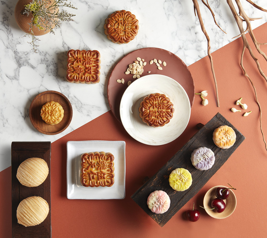 Paradise Group's Gems of the Full Moon mooncakes