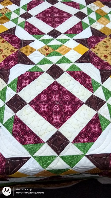 Custom quilting freehand