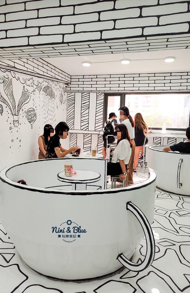 2D Cafe Taichung 紅點文旅 台中網美咖啡04