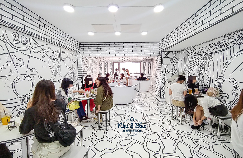 2D Cafe Taichung 紅點文旅 台中網美咖啡03