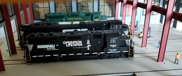 NS 7140 Operatin Lifesaver Unit