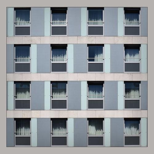 album9 blau deutschland deutzkalk dzsmd50000 dzsmd905 facades fassaden fensterfronten flickr glasfassaden glasfront köln kalk nikon1855 nikond5300 philipglass quadrat schälsick schaumada stuckfassaden