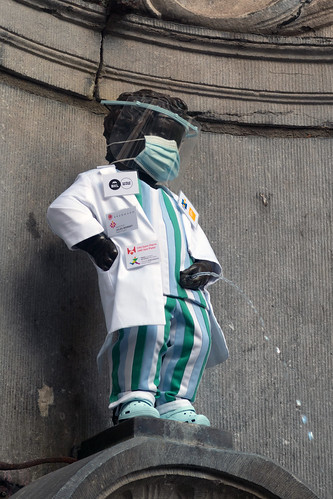 Manneken Pis honoring healthcare workers | by In Vinnie Veritas