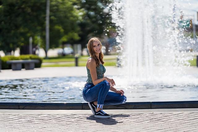 Model Lauren