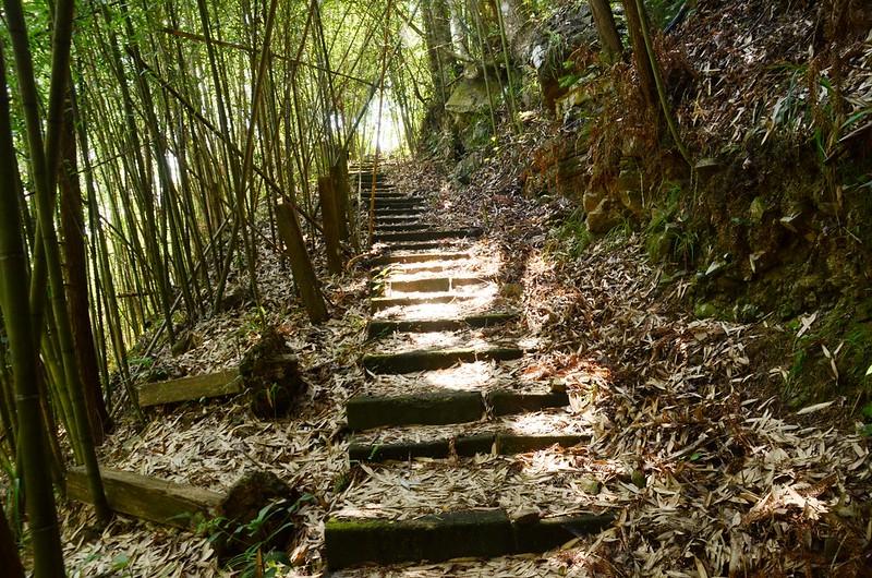 橫龍山階梯步道