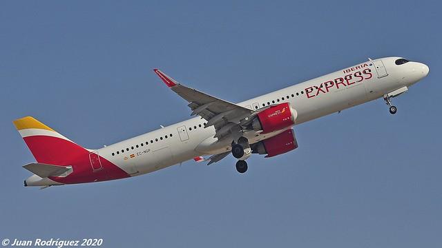 EC-NGP - Iberia Express - Airbus A321-251NX - PMI/LEPA