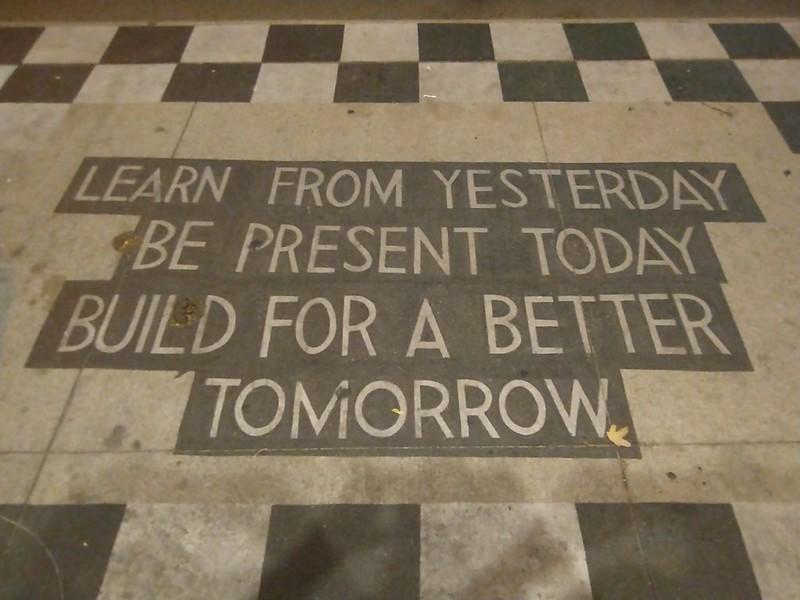 Philosophy lesson #toronto #bloorcourt #philosophy #filosophycafeto #sidewalk #publicart #streetart