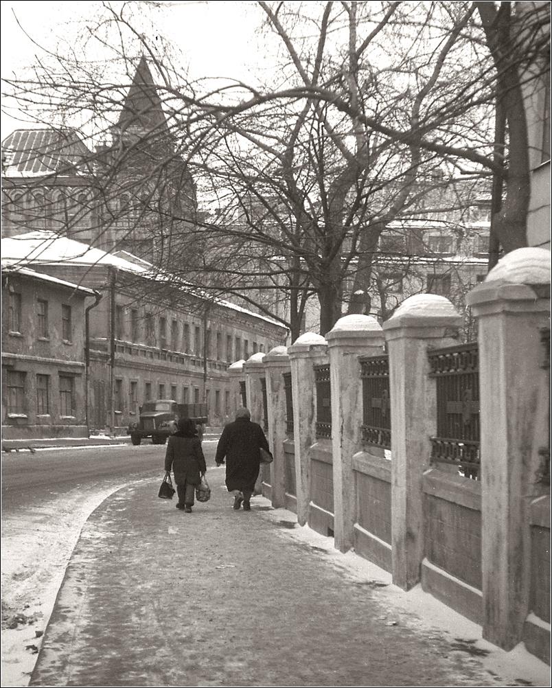 62. 1962. Один из Сретенских переулков