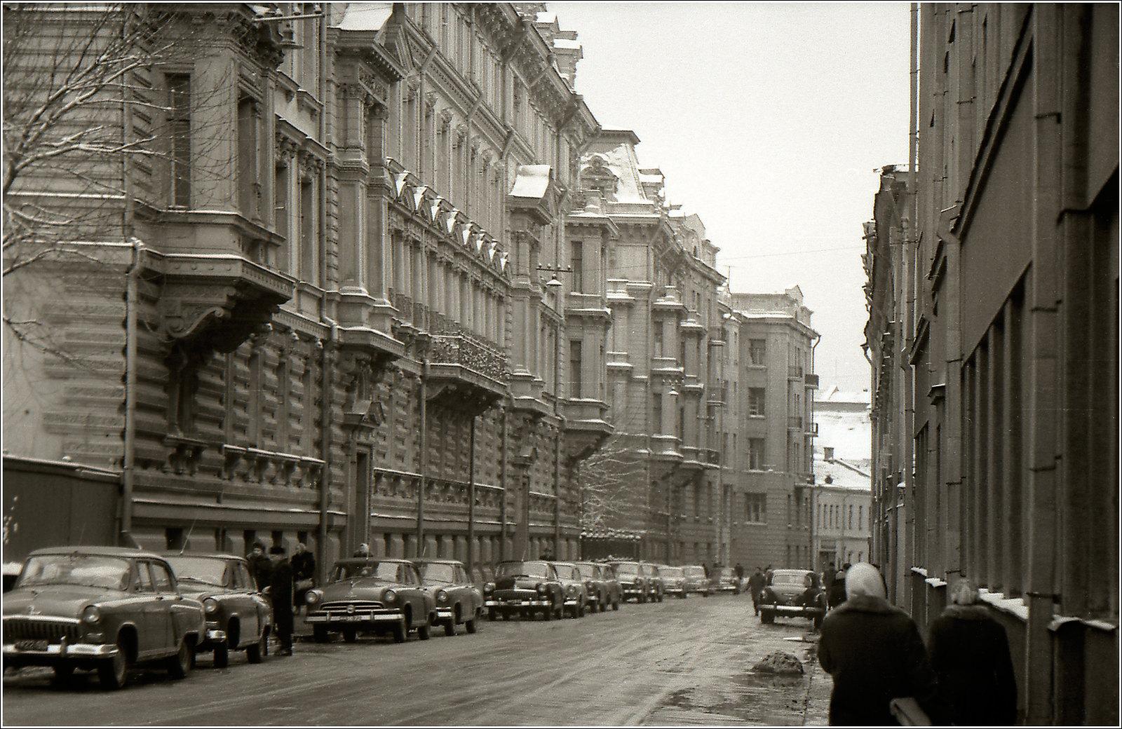 49. 1961. Ул. Грановского