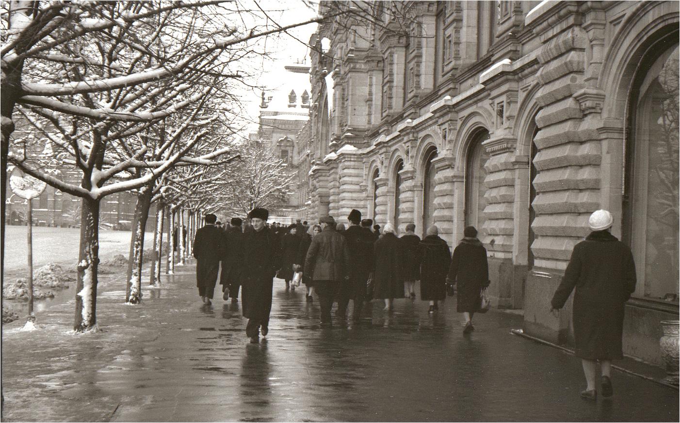 56. 1962. Красная площадь, ГУМ