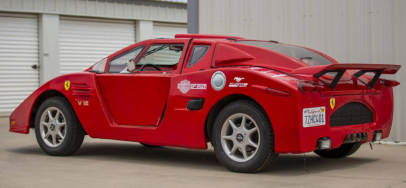 Pontiac-Fiero-2