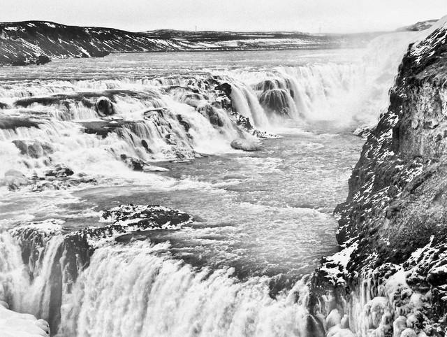 waterfalls monochrome
