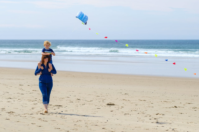 Hamish and Carrie flying a kite