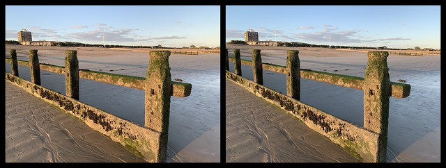 3D Parallel View - September evening at Littlehampton seafront