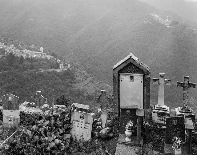 Triora (cimetière), Corte et Andagne