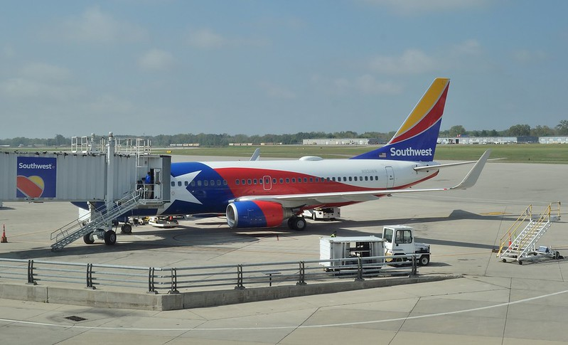 "ROC Greater Rochester International Airport Southwest 737-700 N931WN ""Texas One"" 2017 Sept."
