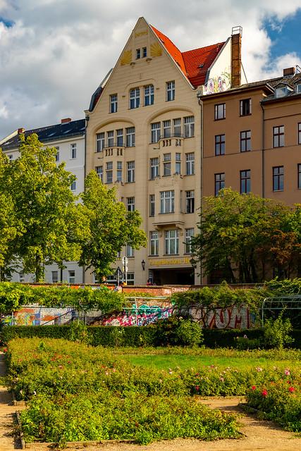 Rosengarten im Luisenstädtischen Kanal