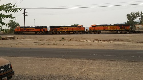 Mainline Power Parked at Fernley