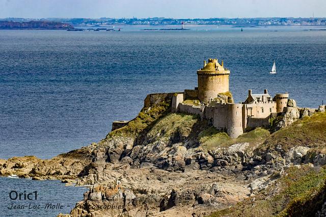 Château de La Roche Goyon / Fort La Latte