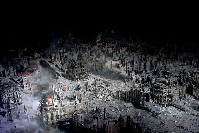 Die Bombardierung von Dresden 1945 (43)