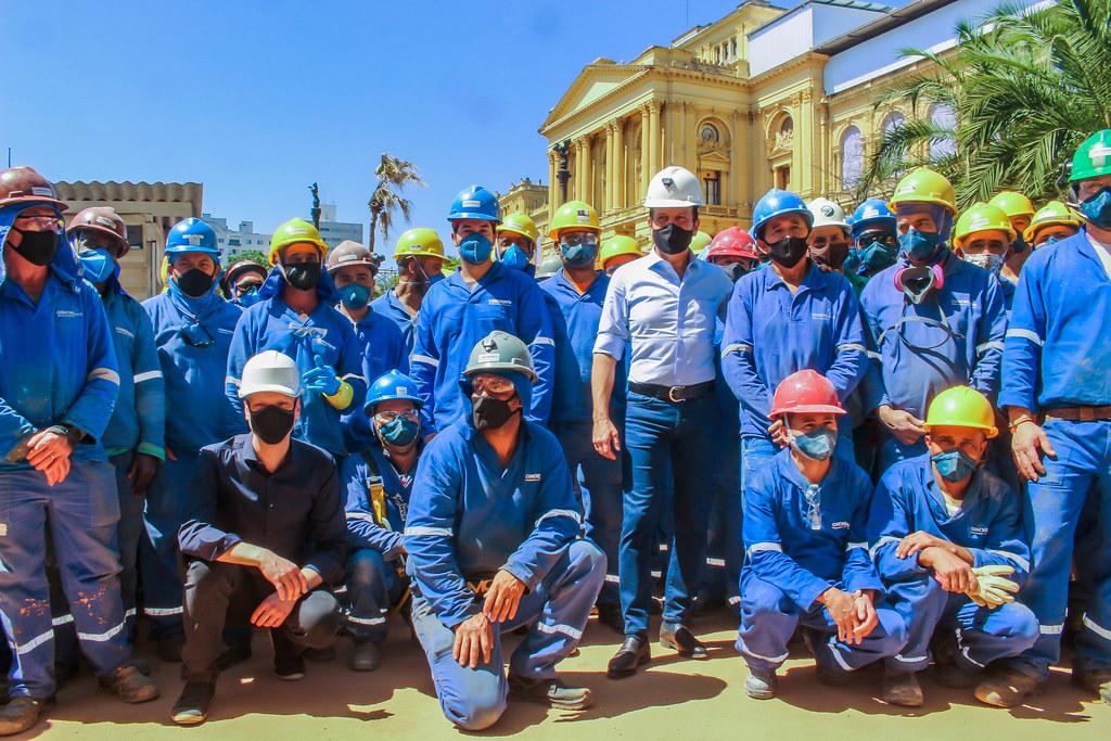 Governador visita as obras de recuperação do Museu do Ipiranga