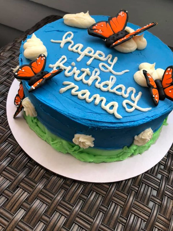 Cake by Big Rich's Bakes and Cakes