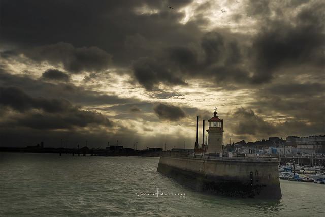 Ramsgate lighthouse ...