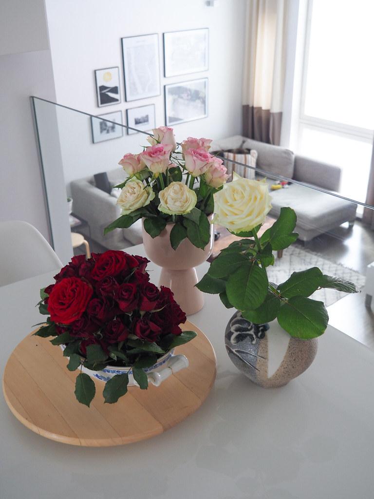 Rose Arrangements, Business Woman