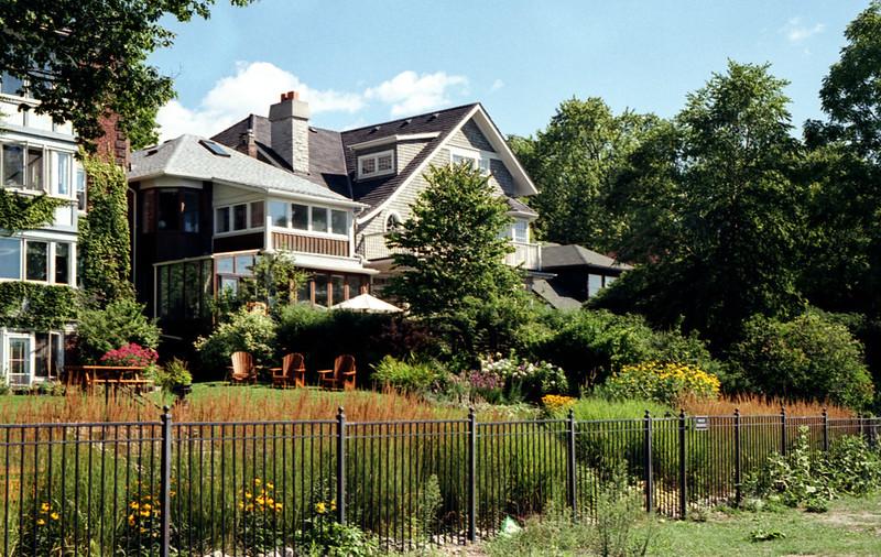 Balmy Beach Mansion