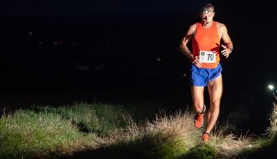 Noční běh v Holešově vyhráli ultramaratonec Velička a po čtvrté Novotná