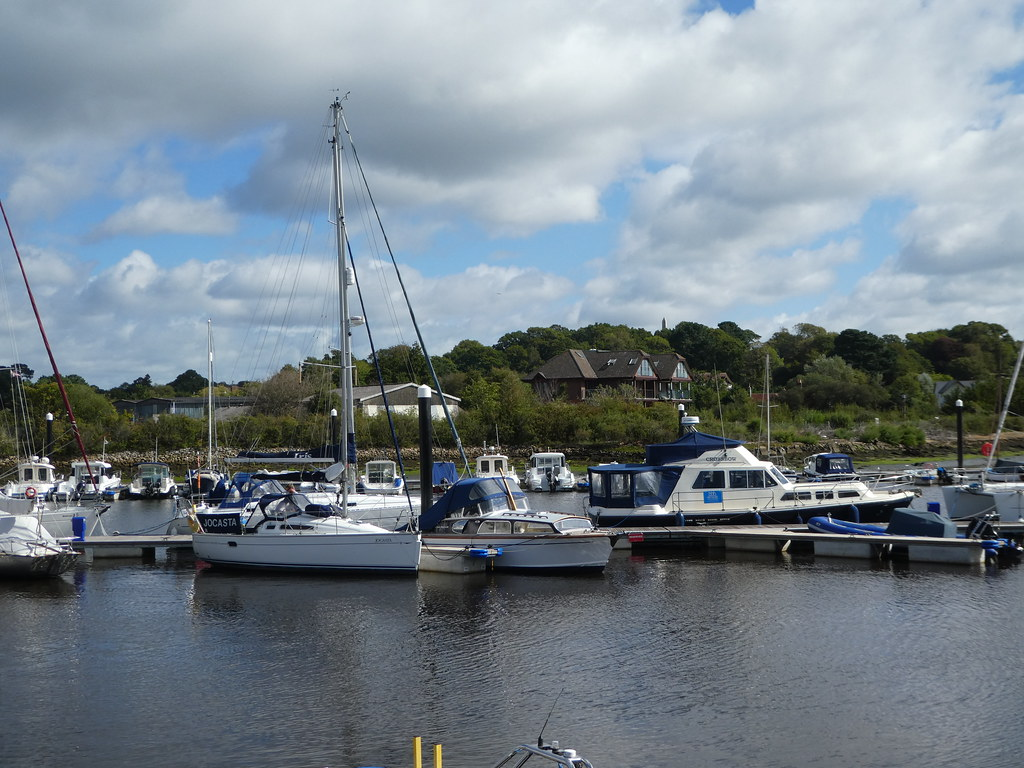 Boats along the Lymington River