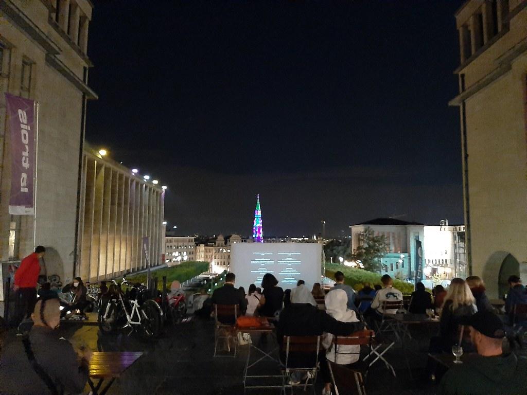 Proyección Mont des Arts con la Grand Place de fondo II