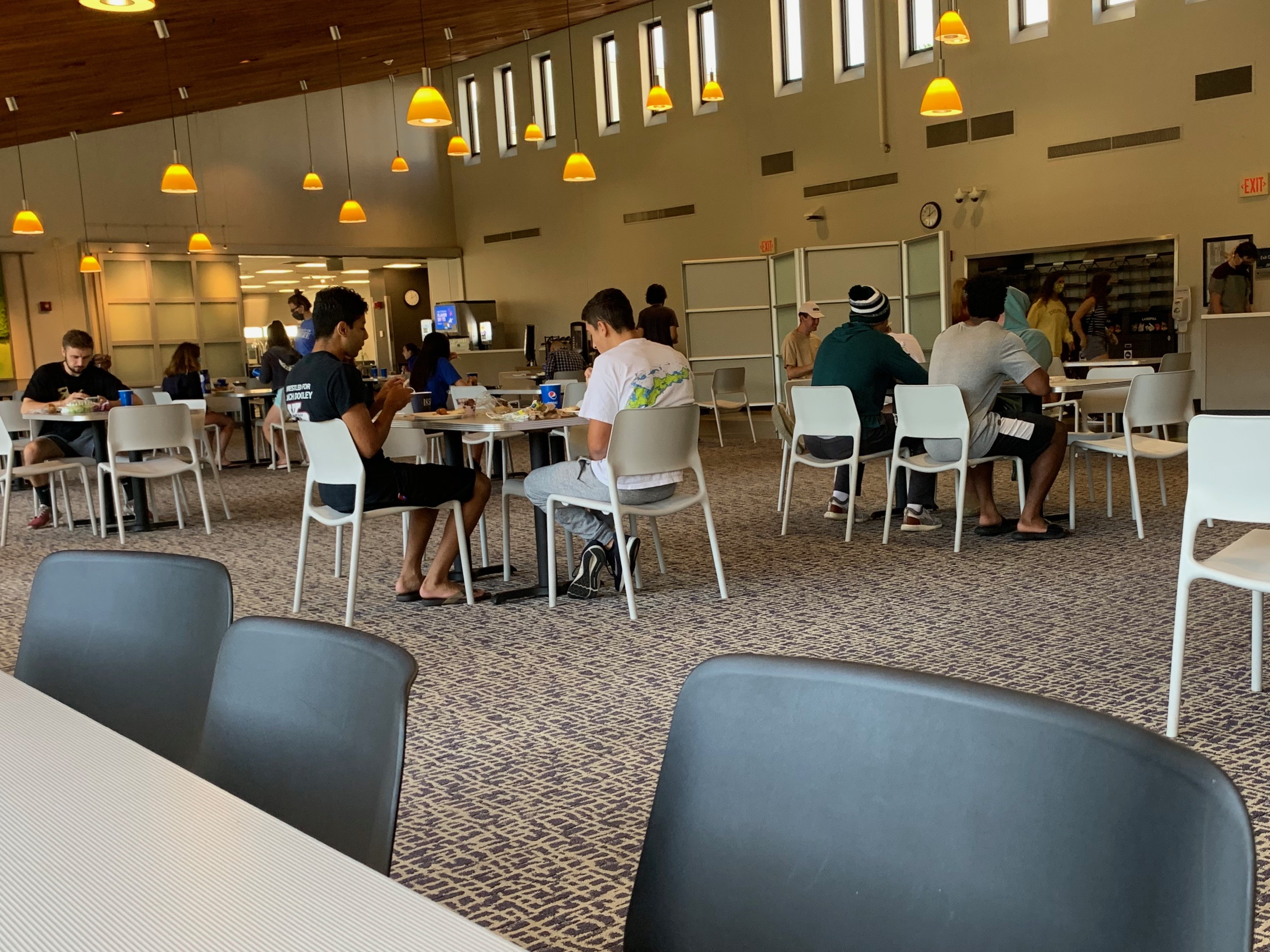 Safe to dine?: Dining Services navigates on-campus meals during a pandemic