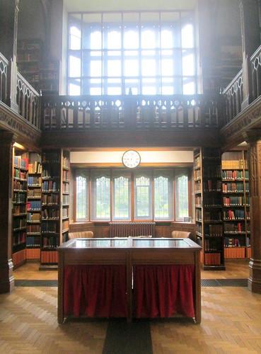 Gladstone's Cabinet, Gladstone's Library