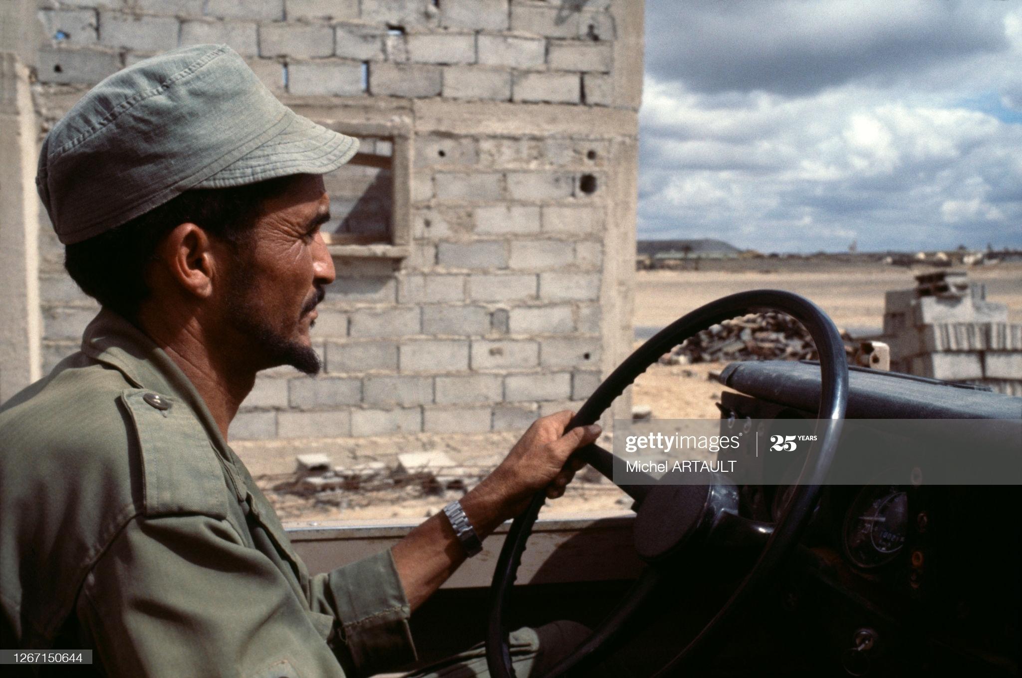 Le conflit armé du sahara marocain - Page 13 50317365452_0890e0b648_o_d