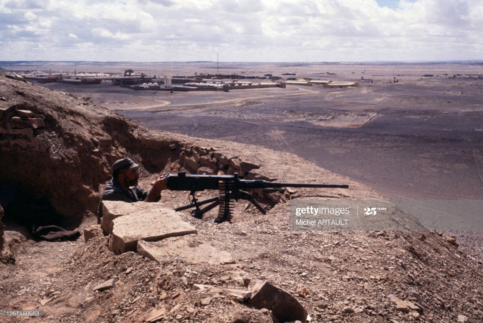 Le conflit armé du sahara marocain - Page 13 50317365582_4deaf4a63b_o_d