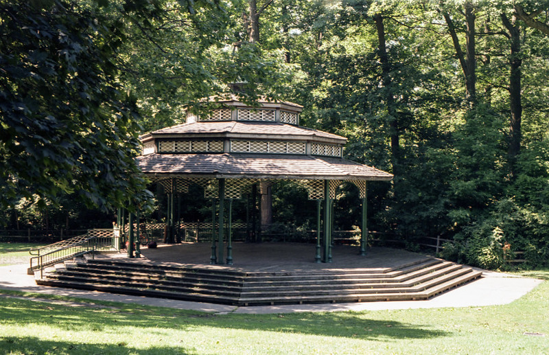 Kew Beach Bandstand in Colour
