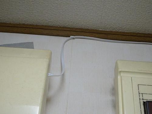WiFiルーターを分電盤からリビングに引き込む