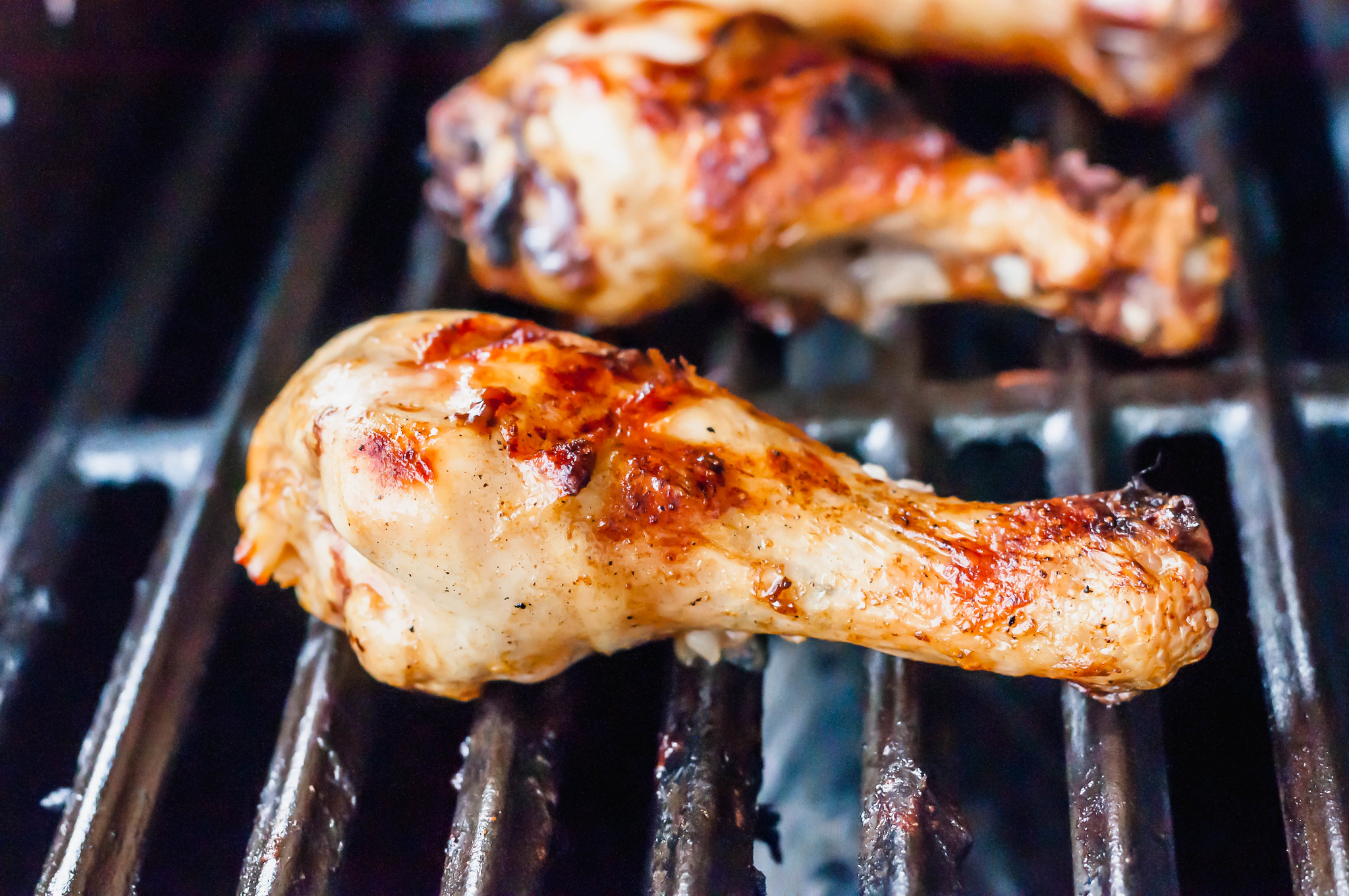 Let's hold on to summer just a bit longer with these Grilled Chicken Drumsticks. Marinated for tenderness and perfectly charred on the grill.
