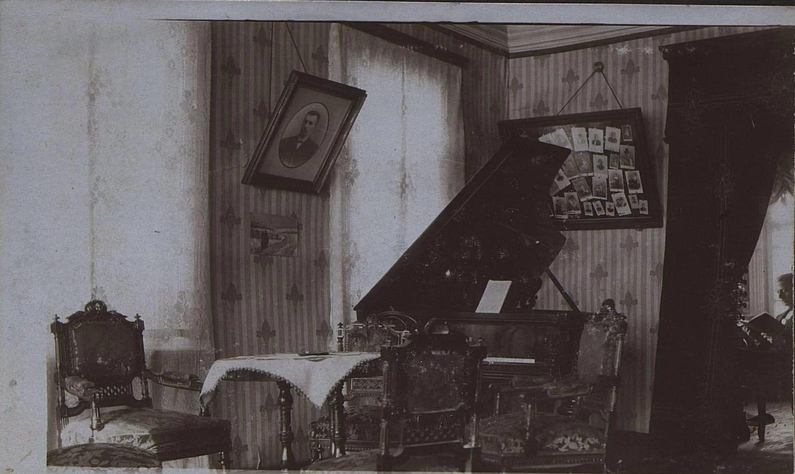 Интерьер гостиной. Обский проспект № 25