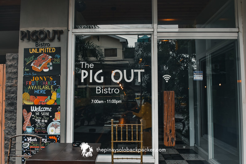 boracay travel guide: Pig Out Bistro