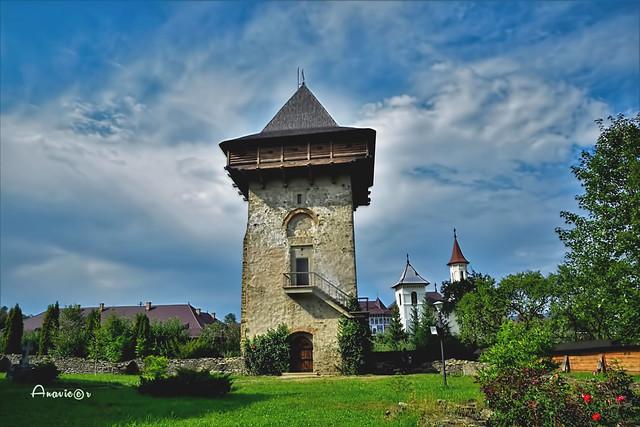 08_Humor Monastery_Tower_Explore