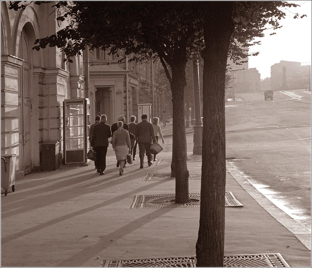 100. 1967. Театральный проезд. 13–09