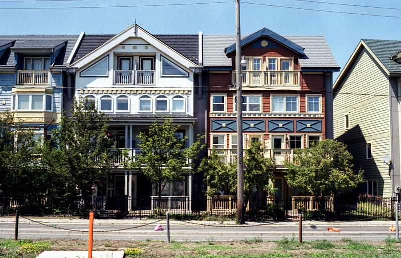 Lakeshore Townhouses