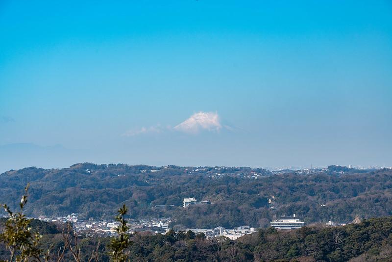 衣張山から見た富士山