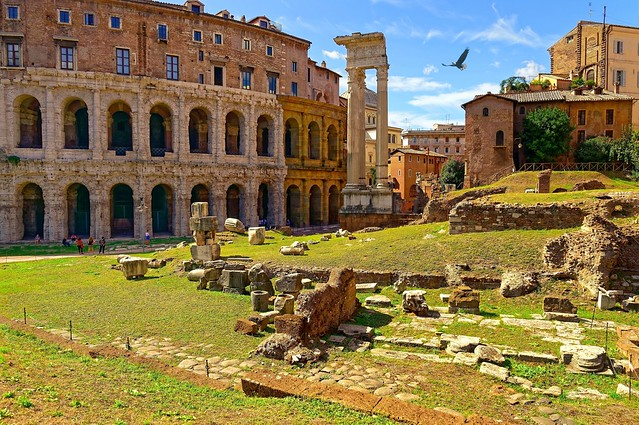 Roma / Templi di Apollo / Teatro Marcello