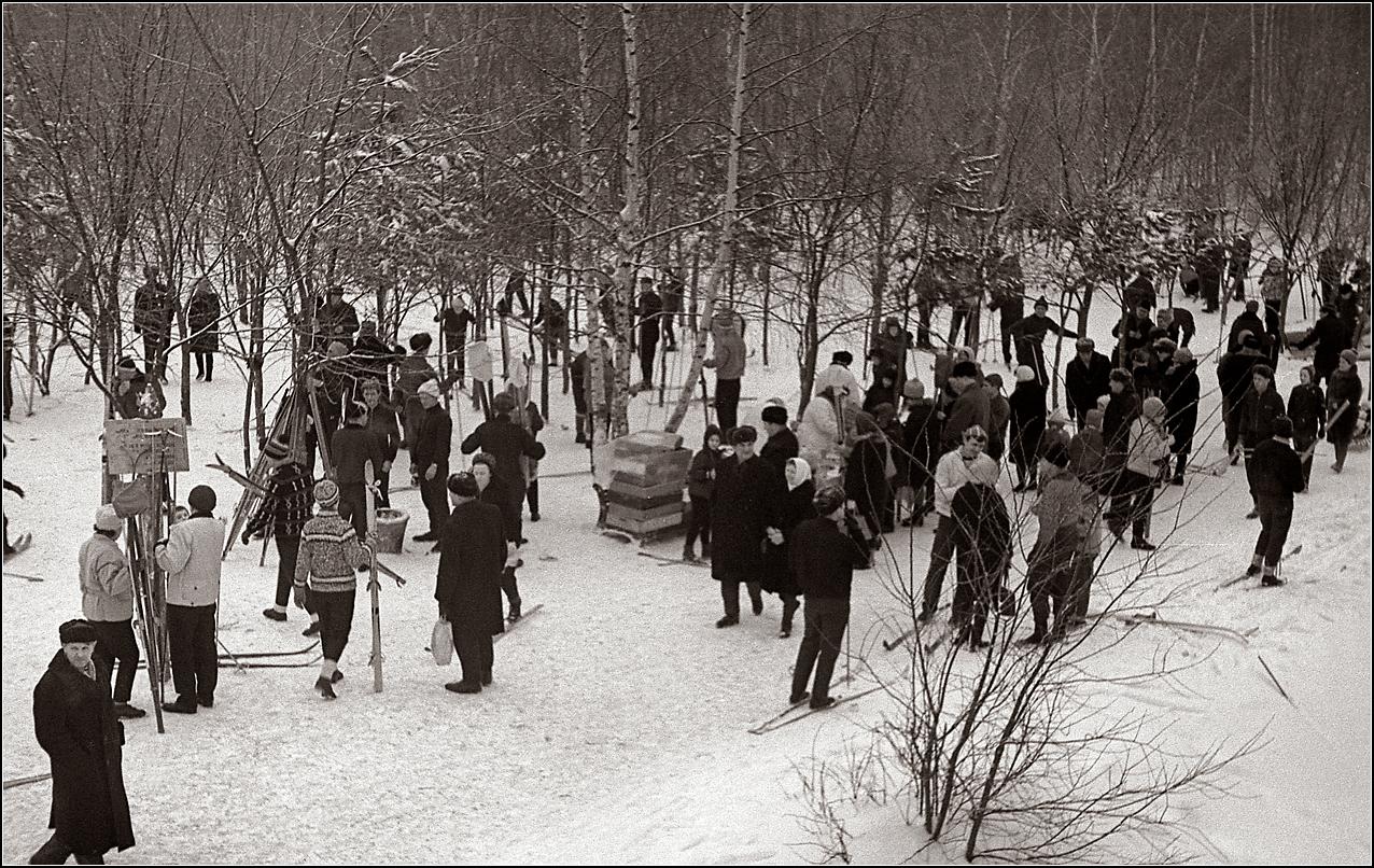 117. 1968. Измайловский парк (метро Измайловская). 28 января