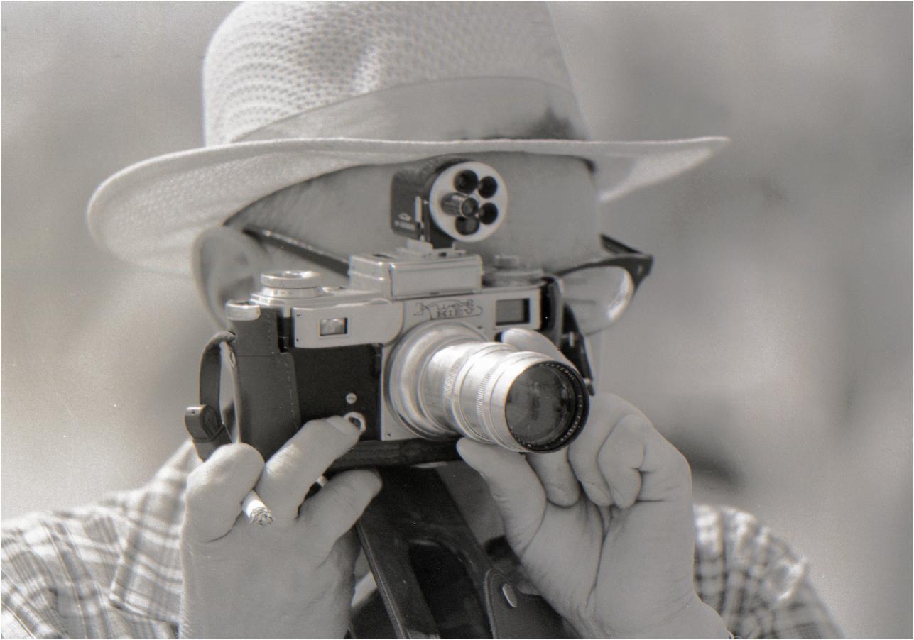 112. 1967. Домодедово. Фотограф на военно–воздушном параде