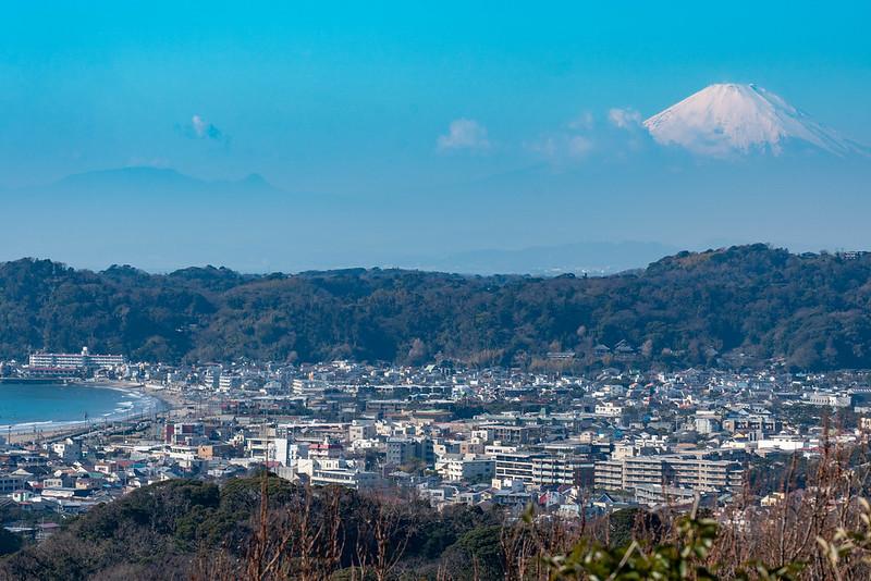 衣張山から見える富士山