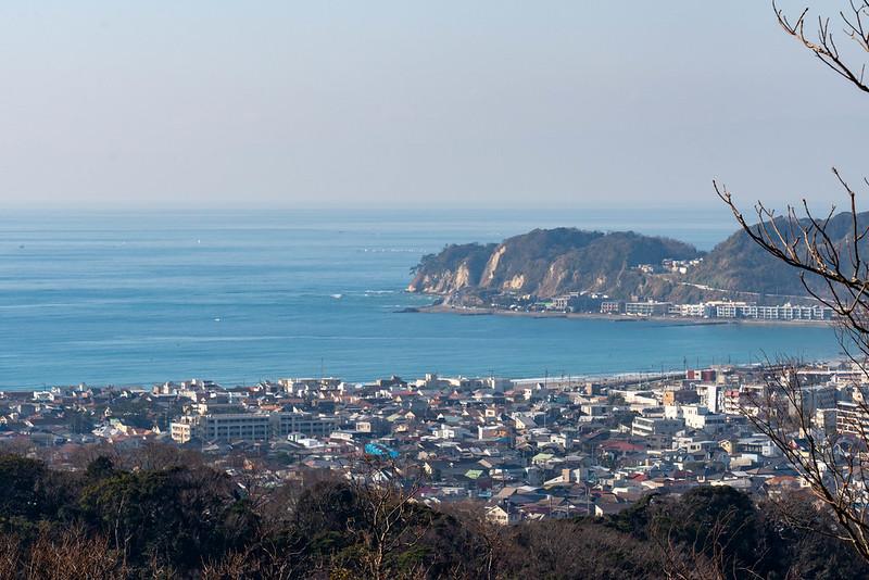 衣張山から見た稲村ヶ崎